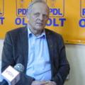 Theodor Stolojan, huiduit la BEC de sustinatorii lui Mircea Diaconu