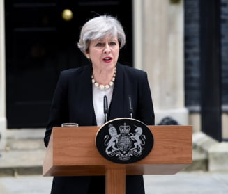 Theresa May, o victorie cat o mare infrangere. Brexit-ul, pierdut in ceata