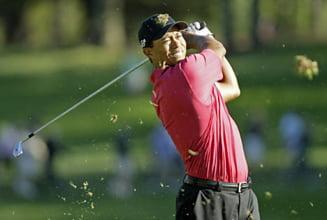 Tiger Woods, luat la misto in show-ul lui Jay Leno (Video)
