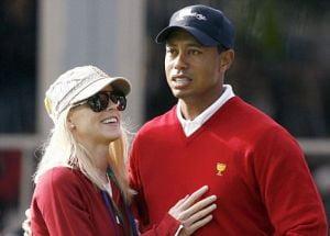 Tiger Woods si-a platit o amanta cu 2 milioane de lire sterline