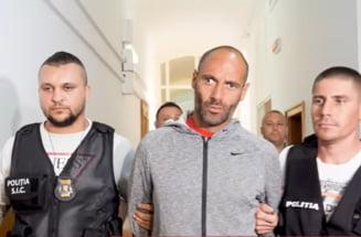 Timis: Barbatul care a ucis doi soti in parcul din orasul Faget si a atacat alti oameni a fost condamnat la 31 de ani si 4 luni de inchisoare