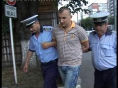 Timis: Fiul cel mare al primarului din Deta, din nou pe mana politistilor