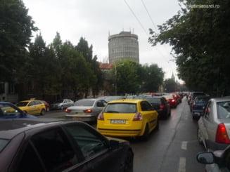 Timisorenii au ramas fara semafoare, in urma a doua accidente. Pagubele sunt de 100.000 de euro