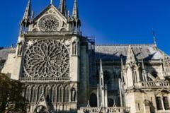 Tinerele jihadiste care au vrut sa arunce in aer o masina la Notre-Dame au primit zeci de ani de inchisoare