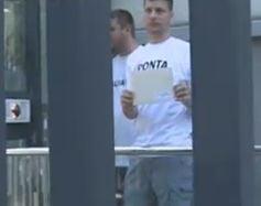 Tinerii PDL au protestat in fata ambasadelor SUA si statelor UE din Bucuresti