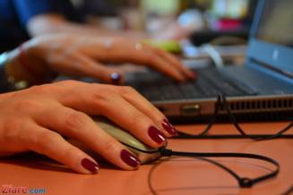 Tinerii de peste 16 ani vor putea participa la programe de internship platite la firme private sau institutii publice