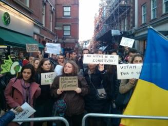 Tinerii din diaspora, mesaj pentru politicieni: Incetati politizarea dreptului nostru la vot!