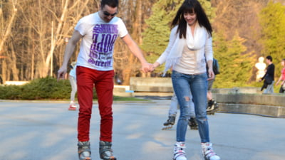 Tinerii romani prefera USL, dar nu au incredere in Guvern si partide - sondaj