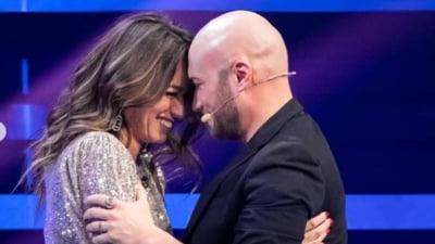 """Tinuta super-sexy cu care Andreea Raicu l-a fermecat pe Mihai Bendeac: """"Am inteles ca n-ai vazut niciun picior gol astazi"""""""