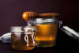 Tips&tricks: descopera cat de benefic este pentru sanatatea ta sa consumi miere de Manuka!