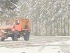 Tiruri blocate in Moeciu, din cauza zapezii