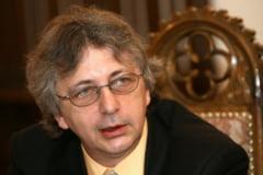 """Tismaneanu anunta ca noua sefa de la Europa Libera l-a dat afara dupa 37 de ani de colaborare: """"Ceea ce n-au reusit Ceausescu si Iliescu a reusit doamna Tanase"""""""