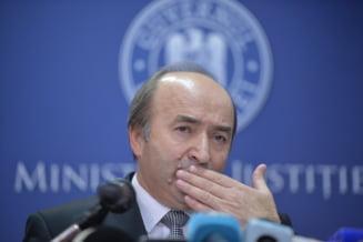 Toader a prezentat detalii despre candidatura lui Lazar si cere voie CSM sa publice documentele din dosar