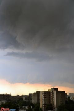Toamna isi intra in drepturi: Cod portocaliu de ploi - vezi zona vizata