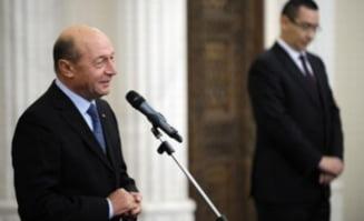 Toata lumea pierde din razboiul insultelor dintre Basescu, Ponta si Antonescu - sondaj