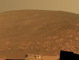 Toata planeta Marte, invaluita intr-o uriasa furtuna de nisip. Roverul NASA e pierdut?