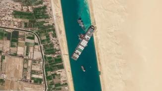 Toate cele 422 de nave care erau blocate dupa esuarea portcontainerului Ever Given au trecut prin Canalul Suez VIDEO