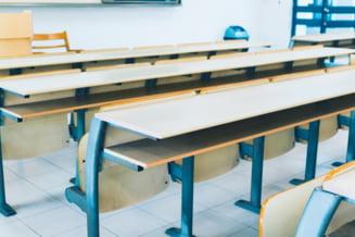 Toate scolile din Slobozia trec la cursuri online, dupa ce in municipiu a fost depasit indicele de infectare de trei la mia de locuitori