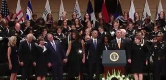 Toate tunurile pe Bush: A dansat la inmormantarea politistilor ucisi la Dallas (Video)
