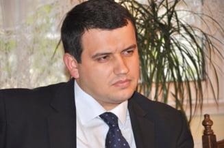 Tomac, catre Ponta si Antonescu: Lasati ciorvaielile si guvernati tara