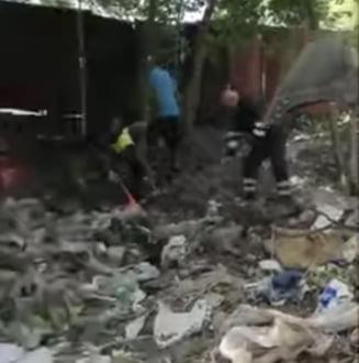 """Tone de deșeuri sunt scoase din """"a doua deltă a Capitalei"""". """"Sunt straturi peste straturi de gunoaie"""" VIDEO"""