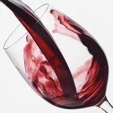 Tone de vin falsificat, vandute la en-gros