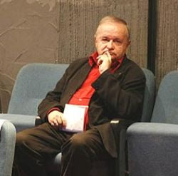 """Topescu le propune parlamentarilor crosul """"Burta jos!"""""""