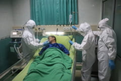 """Tot mai mulți pacienți COVID în spitale. La """"Victor Babeș"""" din Bucuresți s-au ocupat 70% din locuri"""