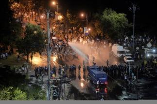 """Tot mai multe indicii ca actiunea represiva si violentele de vineri au fost premeditate. La MAI au circulat mesaje despre un plan """"vizat"""" de Liviu Dragnea"""