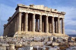 Tot mai multi romani au plecat in vacanta peste hotare