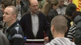 Toti romanii respira prin Traian Basescu (Opinii)