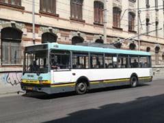 Trafic blocat in centrul Bucurestiului. Zeci de trolee au ramas blocate din cauza unei avarii la reteaua de electricitate
