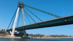 Trafic cu portia pe podul de la Agigea