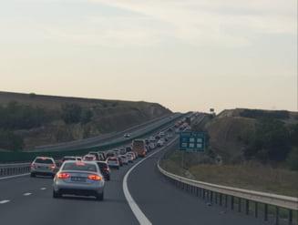 Trafic ingreunat pe autostrada spre litoral timp de doua luni. Se lucreaza pe mai multe sectoare