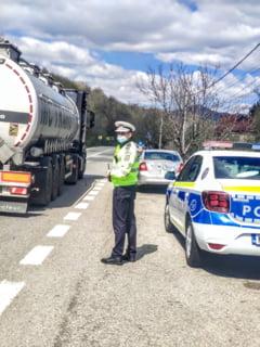 Trafic intrerupt pe DN 54A, in judetul Olt. Accident cu patru raniti