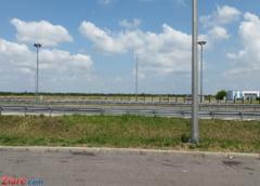 Trafic restrictionat pe Autostrada Sibiu-Deva, dupa ce o masina s-a ciocnit cu un camion