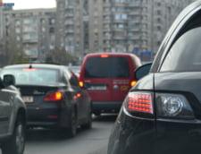 Trafic rutier restrictionat, vineri, pe mai multe artere din Capitala