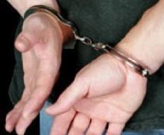 Traficanti de droguri arestati in timp ce incercau sa vanda 4 kg de hasis