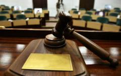 Traficantii de aur dacic mai asteapta o saptamana pana la verdictul final