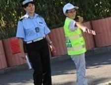 Traficul din apropierea scolilor din sectorul 1, dirijat de elevi
