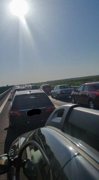 Traficul pe Autostrada Soarelui este si azi aglomerat