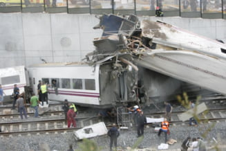 Tragedie feroviara in Spania: Bilantul creste la 77 de morti (Galerie foto & Video)