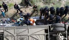 Tragedie in Tibet - zeci de turisti au murit intr-un accident
