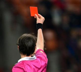 Tragedie in fotbal: Un arbitru, impuscat mortal chiar pe teren dupa ce a aratat un cartonas rosu