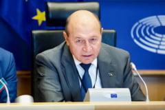 """Traian Basescu: """"Dumnezeu le-a asezat pe toate sa fim cu totii multumiti"""""""