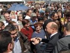 "Traian Basescu, ""lucrat"" de Vanghelie la Ziua Portilor Deschise"