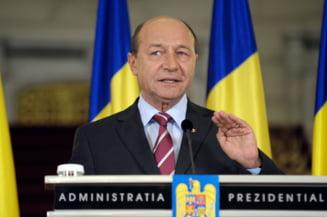 """Traian Basescu: Acordul ne da sansa sa nu facem parte dintr-o Europa """"in doua viteze"""""""