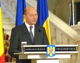 Traian Basescu: Guvernul Boc nu trebuie sa demisioneze