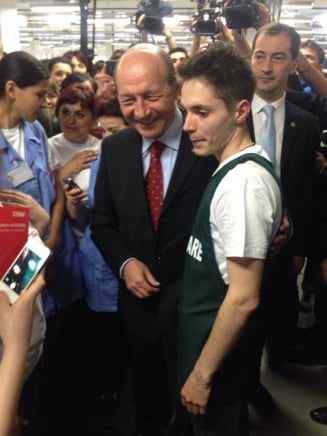 Traian Basescu: Tinerii contribuie cel mai mult la somaj
