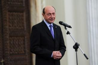 """Traian Basescu, felicitari """"in mod deosebit"""" pentru nominalizarea lui Aurescu la MAE"""